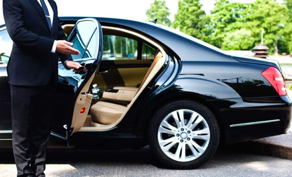 A Quick Guide On Booking An Airport Pickup Service
